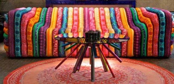 打造客厅的主角 12款独特图案的布艺沙发(组图)
