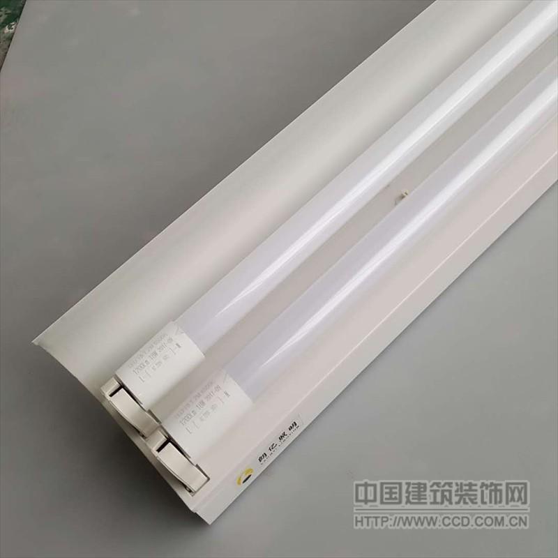兴华 供应黑板支架灯 LED T8 1*18w