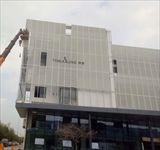 苏州传世集团办公楼外墙拉网铝板幕墙