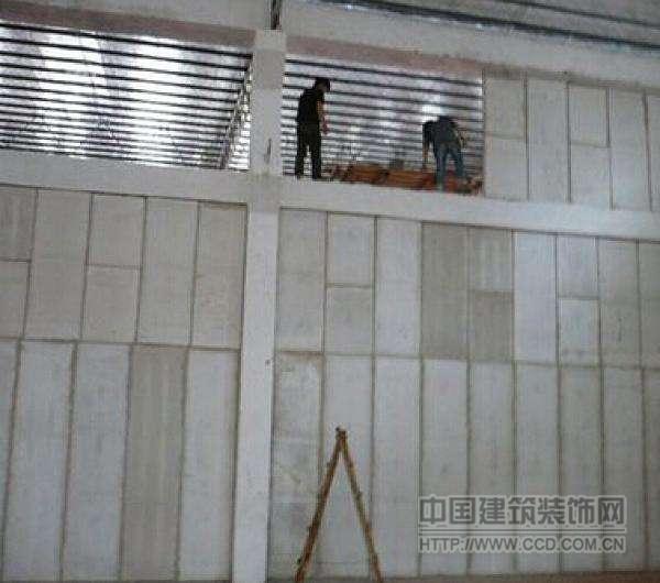 新型实芯轻质隔墙板