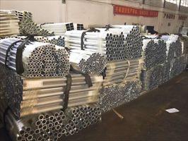 6063薄壁空心铝管 厚壁氧化铝管