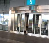 厦门机场候机楼自动感应门
