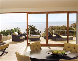 铝合金吊滑门有严格的技术标准 拓邦门窗