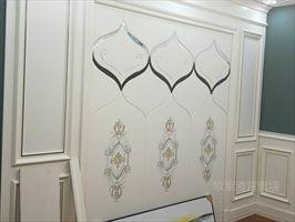 新房想要快速入住,实木护墙板是个好选择