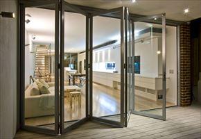 隔断折叠门打造门窗的国际航母 拓邦门窗