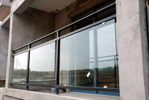 广东玻璃阳台护栏