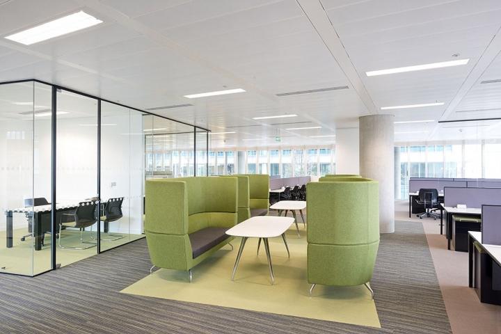 建筑欣赏:kaspersky卡巴斯基伦敦办公室设计(组图)
