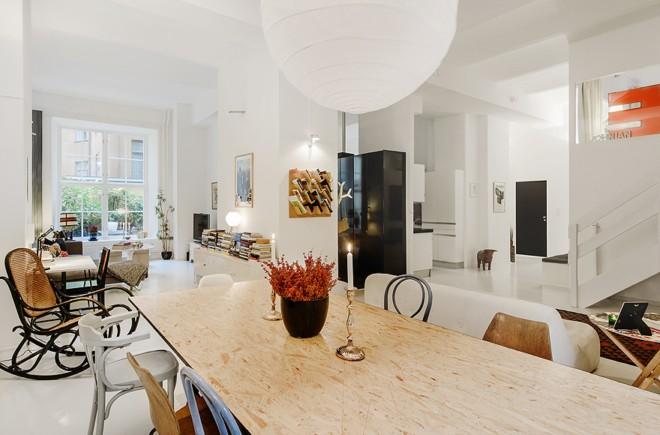 建筑欣赏:斯德哥尔摩开放式布局的白色复式公寓(组图)
