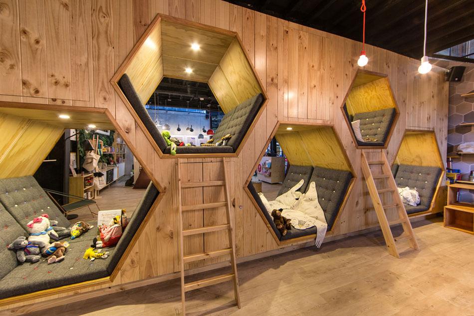 建筑欣赏:哥伦比亚9? 书店咖啡馆空间设计(组图)