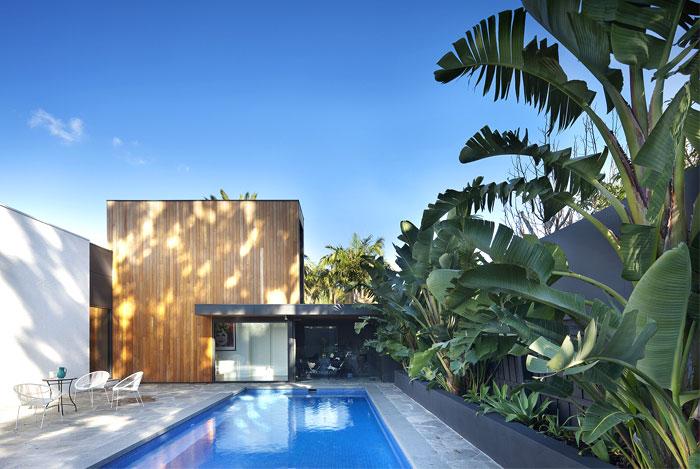 建筑设计:带游泳池的美丽庭院:澳大利亚现代别墅设计(组图)