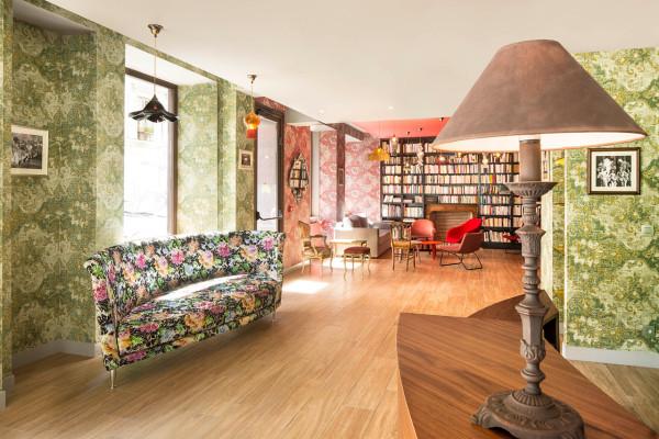 绚丽的色彩搭配:巴黎Joséphine精品酒店设计(组图)