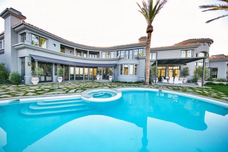 建筑设计:洛杉矶贝弗利山现代法式豪华别墅(组图)