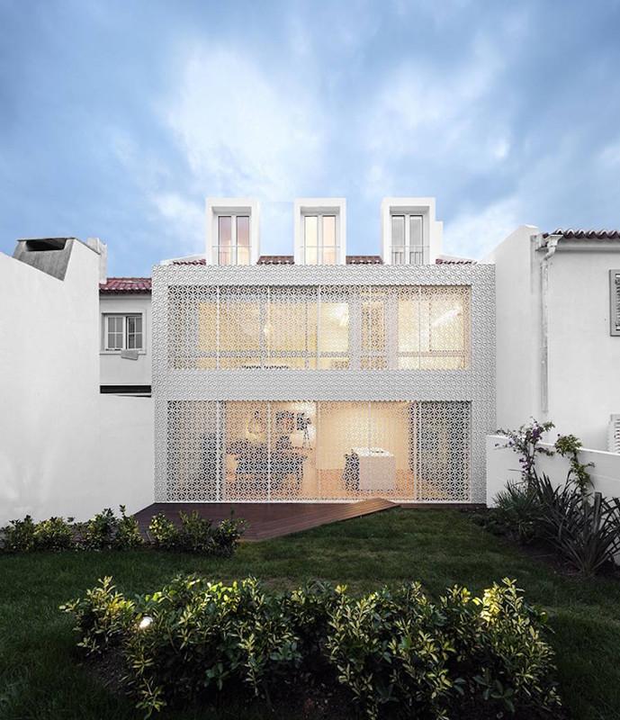 建筑欣赏:里斯本极简风格别墅设计(组图)