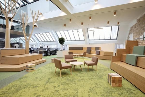 建筑欣赏:职业社交网站LinkedIn慕尼黑办公室设计(组图)