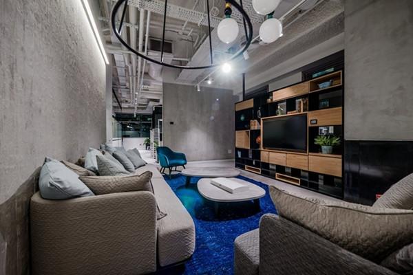 建筑欣赏:微软以色列Herzliya办公室空间设计(组图)