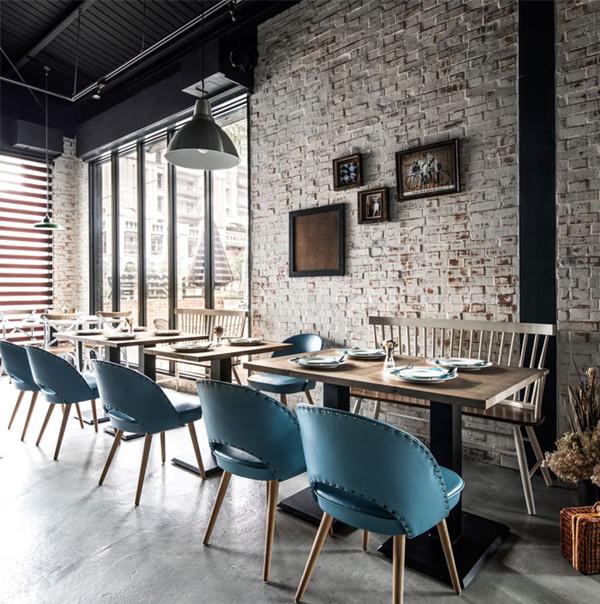 台中Gatto Bianco复古怀旧的砖墙风咖啡馆设计(组图)
