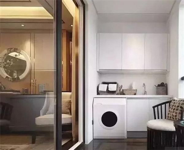 陽臺裝洗衣柜,為什么越來越流行?(組圖)